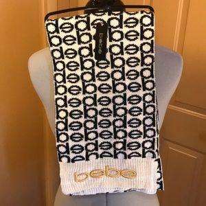 🦋 NWT BeBe reversible scarf
